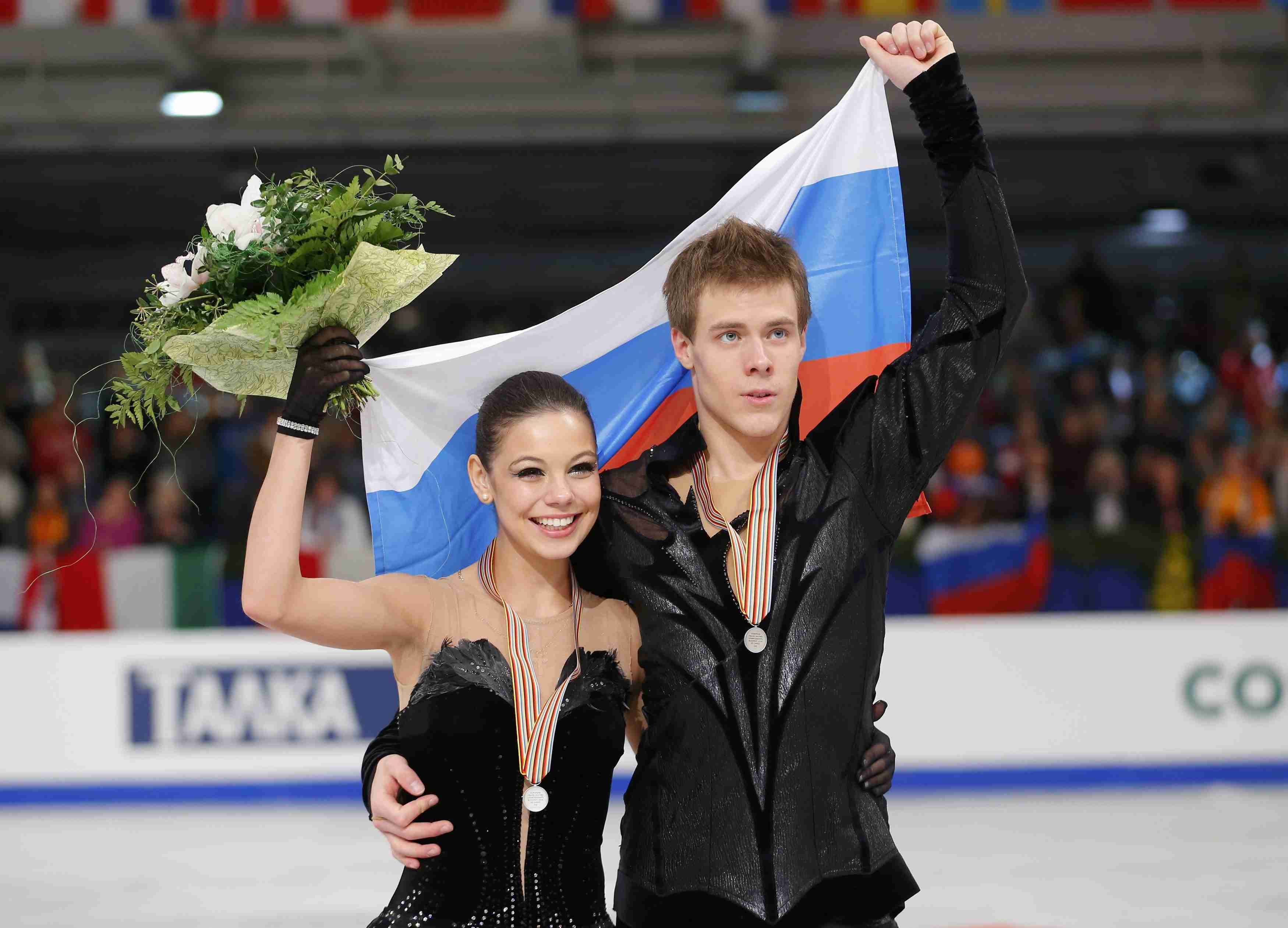 Российских катание фото и фигурное спортсменов фамилии