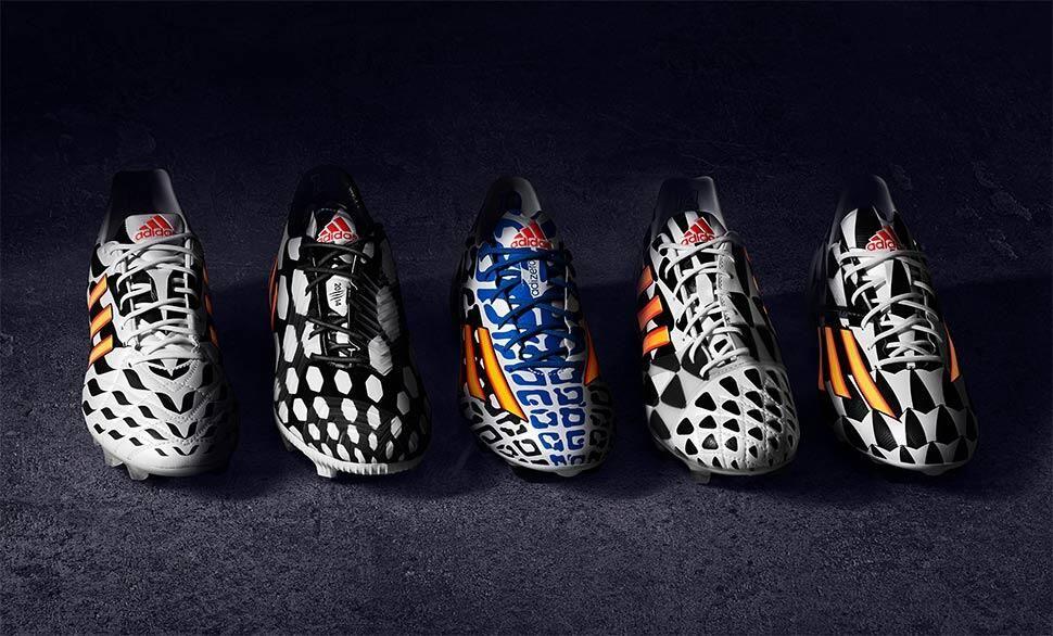 70ee6182 Преобладающие цвета бутс от Adidas – черный и белый, которые должны