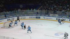 Удаление. Владислав Наумов (Сибирь) удалён на 2 минуты за атаку игрока, не владеющего шайбой