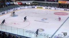Гол. 1:0. Павел Куликов (Нефтехимик) распечатал ворота екатеринбуржцев
