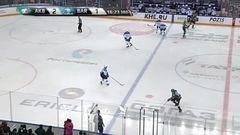 Удаление. Роман Савченко (Барыс) удалён на 2 минуты за задержку клюшкой