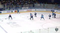 Гол. 1:0. Шумаков Сергей (Сибирь) в ближний пустой угол