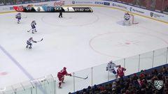 Удаление. Вячеслав Солодухин (Витязь) удалён на 2 минуты за атаку игрока, не владеющего шайбой