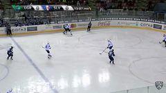 Удаление. Артём Булянский (Югра) удалён на 2 минуты за атаку игрока, не владеющего шайбой