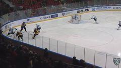 Гол. 1:2. Денис Хлыстов (Югра) сократил отставание в счёте