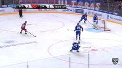 Гол. 2:2. Скотт Грег (ЦСКА) сравнивает счет матча