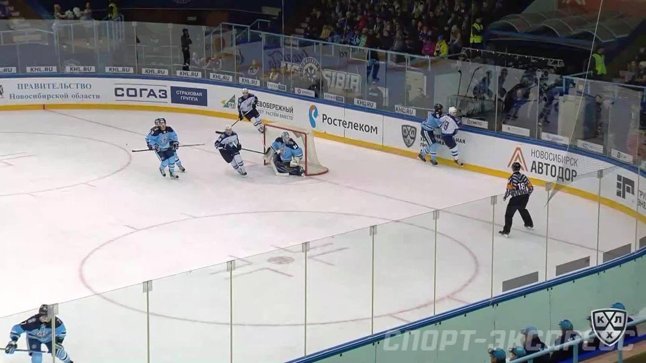 Гол. 1:0. Шалунов Максим (Сибирь) открывает счет матча