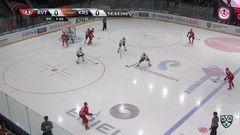 Гол. 1:0. Гареев Артём (Автомобилист) открывает счет матча в большинстве