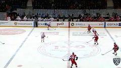 Гол. 0:1. Александр Торченюк (Автомобилист) открыл счёт, реализовав большинство