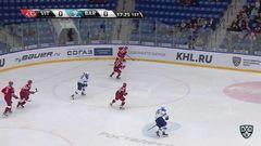 Удаление. Артём Швец-Роговой (Витязь) получил 2 минуты за атаку игрока, не владеющего шайбой
