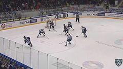 Гол. 1:0. Дмитрий Сёмин (Торпедо) открыл счёт, отличившись в большинстве
