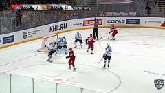 Удаление. Морозов Егор (ХК Сочи) удален на 2 минуты за удар клюшкой