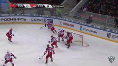 Гол. 0:1. Артём Ильенко (Локомотив) здорово сыграл на пятаке