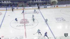 Гол. 2:0. Виктор Комаров (Лада) удвоил преимущество хозяев