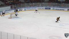 Удаление. Монс Евгений (Северсталь) за атаку игрока не владеющего шайбой.