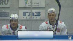 Удаление. Евгений Кетов (СКА) получил 2 минуты за толчок на борт