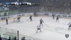 Гол. 1:0. Сигарёв Андрей (Адмирал) по правому флангу и с кистей