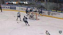 Удаление. Владимир Галузин (Торпедо) удалён на 2 минуты за атаку игрока, не владеющего шайбой