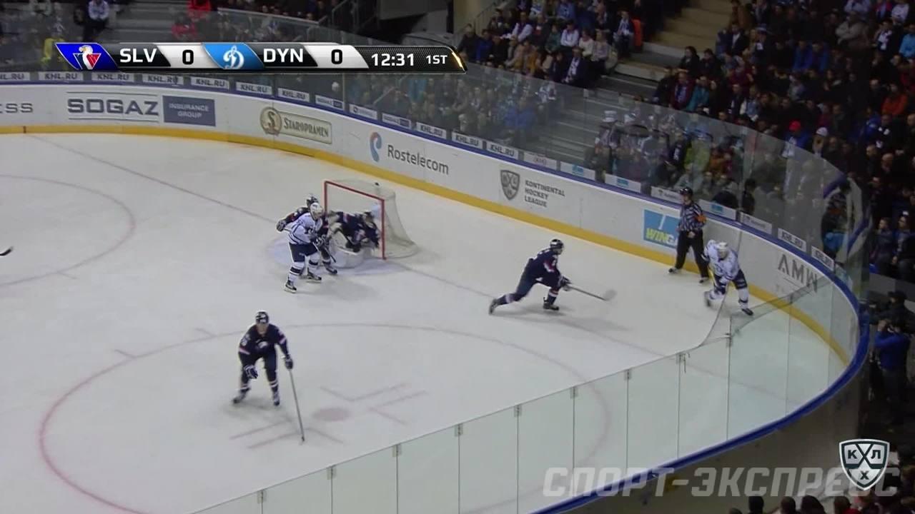 Гол. 0:1. Рыбаков Александр (Динамо Мск) отурывает счет матча