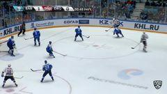 Удаление. Роман Савченко (Барыс) удалён на 2 минуты за удар клюшкой