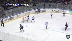 Гол. 1:0. Пластино Ник (Слован) открывает счет матча