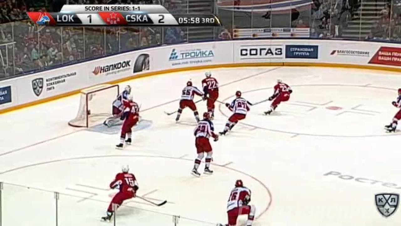 Удаление. Андрей Светлаков (ЦСКА) получил 2+10 минут