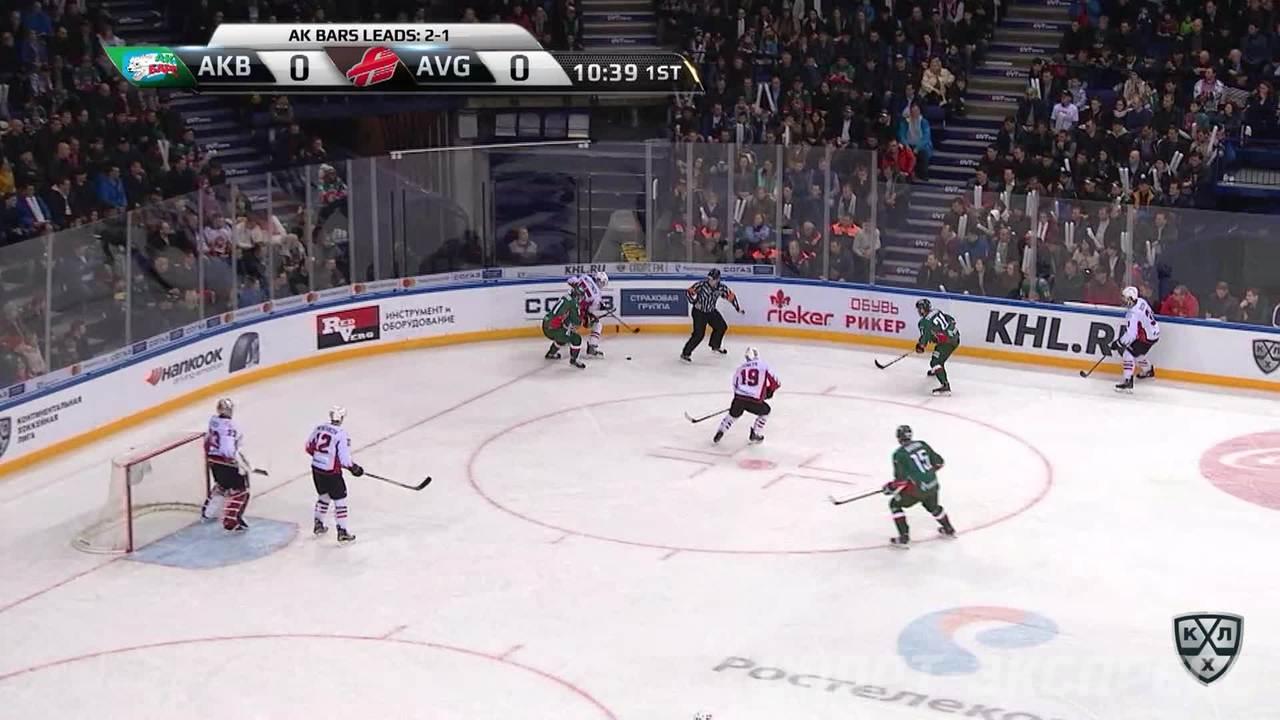 Гол. 1:0. Свитов Александр (Ак Барс) с круга пробил вратаря