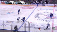 Удаление. Сергей Плотников (СКА) и Владимир Брюквин (Динамо) получили по 2 минуты